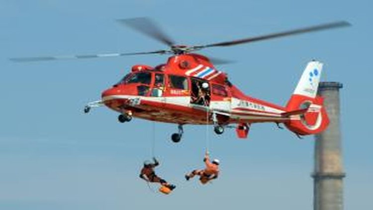 Tim Penyelamat Banjir Tewas Kecelakaan Helikopter