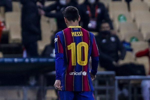Lionel Messi Pukul Lawan dan Kartu Merah, Wasitnya Justru Diminta Dihukum