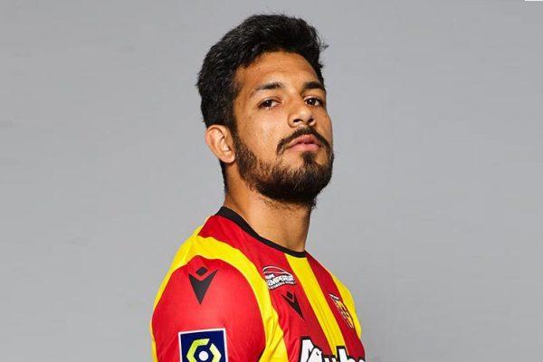Diincar Manchester United, RC Lens Siap Lepas Facundo Medina